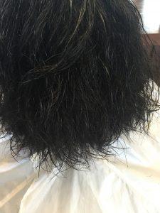縮毛が……
