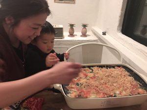 あたしは、伊藤家の息子、りゅうりゅうと、たこ焼き❗️