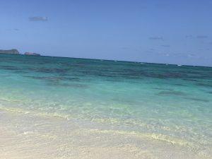 本当に、綺麗な海🏖 透き通ってます❤️